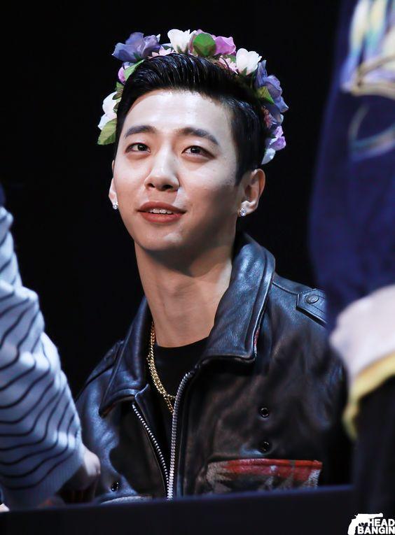 "B.A.P | 151219 ""Young, Wild & Free"" Fansign @ Sungam ~ Yongguk"