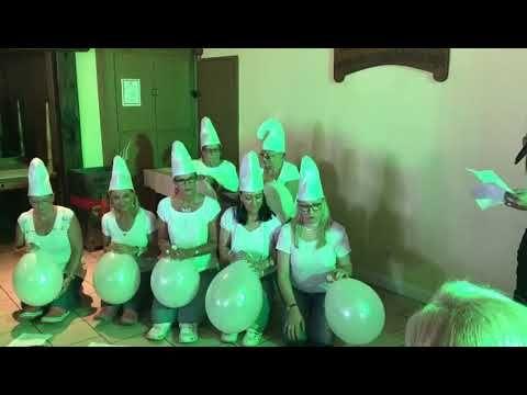 Hochzeitsauffuhrung Die Schlumpfe Power Ladies Friends Youtube Hochzeit Lustig Hochzeit Auffuhrung