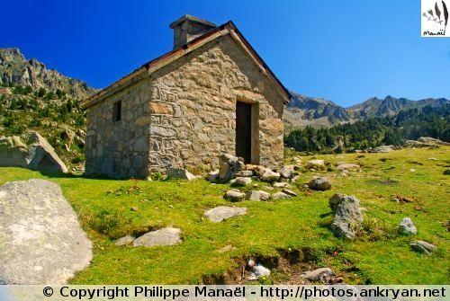 Cabane d'Aygues-Cluses (France, Midi-Pyrénées, Hautes-Pyrénées)