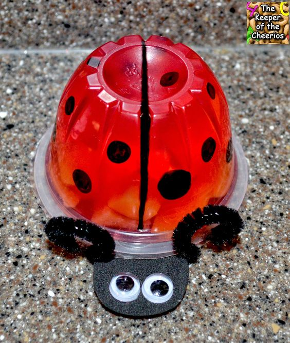 Ladybug Jello Fruit Cup. This is too cute.: