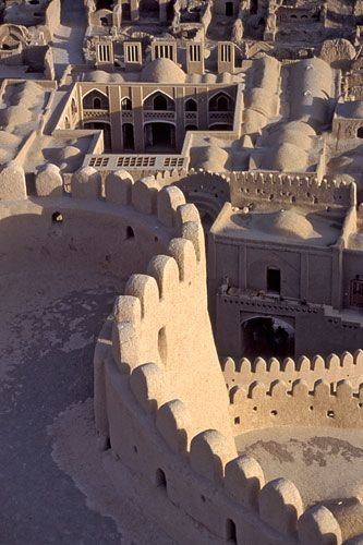 Iranian city of Bam is a ancient, fortified town built in vernacular technique using mud layers.
