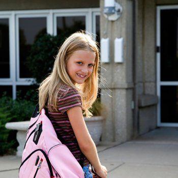 ¿A partir de qué edad pueden ir solos los niños al colegio?