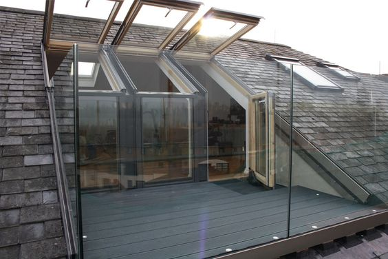 we love the idea of fitting a balcony in your loft conversion... #exterior #loft