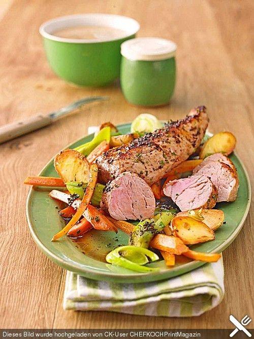 Kräuter - Lendchen im Bratschlauch mit Ofenkartoffeln, ein sehr schönes Rezept aus der Kategorie Gemüse. Bewertungen: 12. Durchschnitt: Ø 3,9.