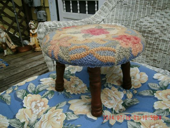 Antique Vintage Primitive Foot Stool Covered With Floral Hand Hooked Rug #NaivePrimitive