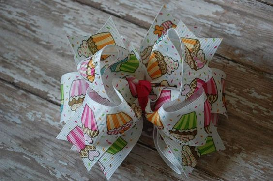 Cupcake Cutie- Boutique bow