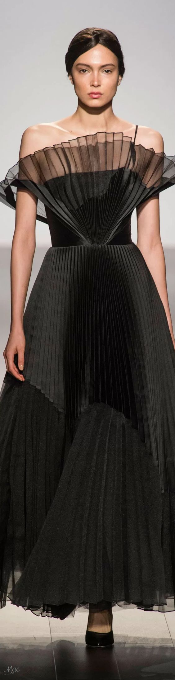 Spring 2018 RTW John Paul Ataker Occasion Dresses, dress, clothe, women's fashion, outfit inspiration, pretty clothes, shoes, bags and accessories  #lagalove