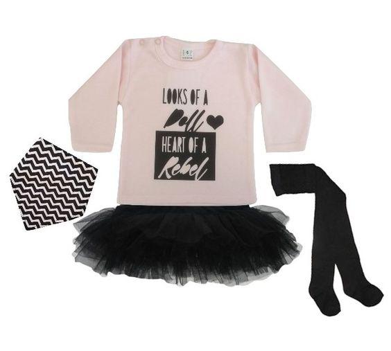 LOOKS OF A DOLL HEART OF A REBEL!  Shop deze look nu bij Baby Must-Haves. www.baby-must-haves.nl #babykleding #babyoutfit #babyrokjes #babytutu #bandanaslab #kwijlslab #babymaillot #zwart #kmdb #puntslab #babymeisje #babymeisjes