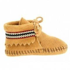 http://lesoukparisien.bigcartel.com/product/chausson-lace-brode-beige-enfant-minnetonka