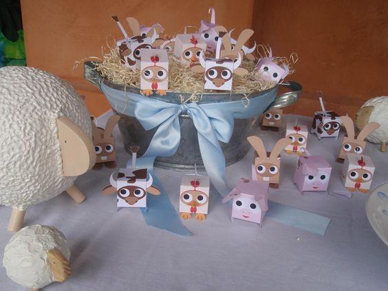 Cajitas bomboneras. Animalitos. Baby Shower. Souvenirs. Party favors. Animal box http://antonelladipietro.com.ar/blog/2011/02/babyshower-sole-villarreal/