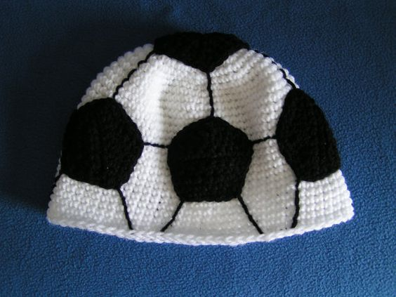 Soccer Ball Knitting Pattern : Soccer, Knits and Beanie on Pinterest