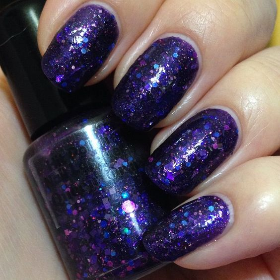 Queen For A Day - Hit Polish Nail Lacquer