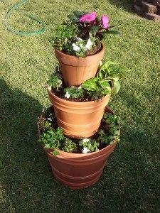 What a great way to make a big planter for less money!