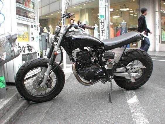 Modified Yamaha TW200? [Tokyo, Japan]