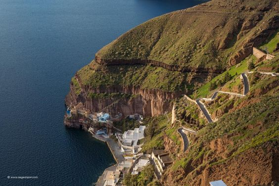 This zigzag stairway unites the old port of Santorini with Fira. During the time that this was the only port of the island,…