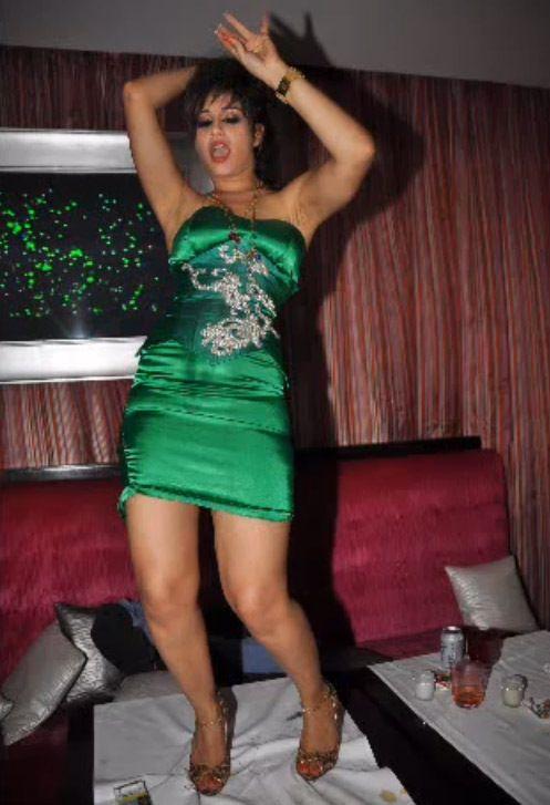 عيد ميلاد منه فضالي الذي اثار جدل كل من شاهده Bodycon Dress Fashion Dresses