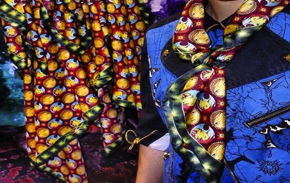 Eclectic fashion Style: Acessórios de Verão / Lenço Louis Vuitton  http://eclecticfashionstyle.blogspot.com.br