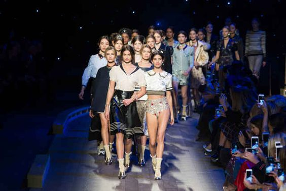 The finale at Tommy Hilfiger's fall 2016 show. Photo: Imaxtree