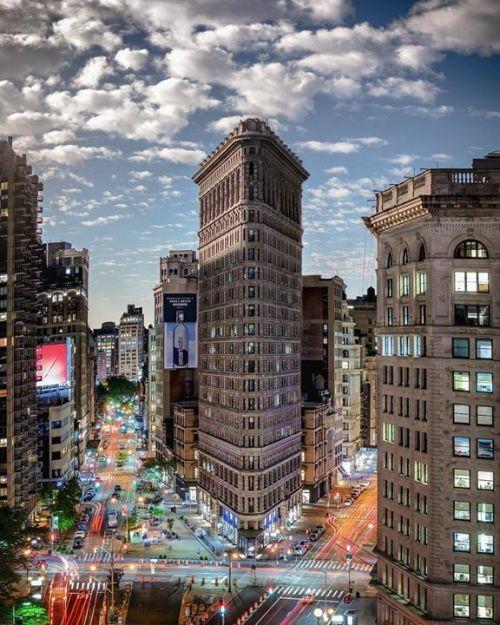 Loft Is All You Need New York Travel Flatiron Building Nyc Nyc Pics