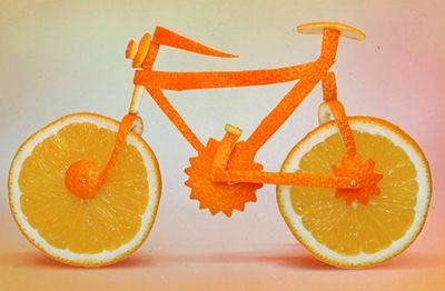 De kunstenaar Dan Cretu haalt inspiratie voor zijn kunst uit voedsel! Zo maakt hij van normale ingrediënten hele mooie kunstwerkjes!: