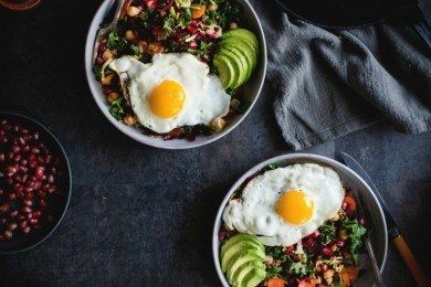 Start the Day Off Right. Here Are 14 Breakfast Bowl Recipes to Get You Going! | Start the Day Off Right. Here Are 14 Breakfast Bowl Recipes to Get You Going!