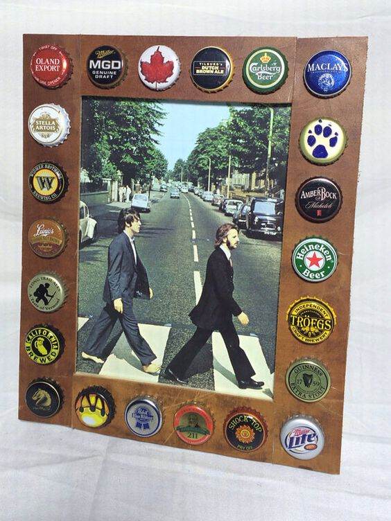 Beer bottle cap and leather wood table or wall picture for Beer bottle picture frame