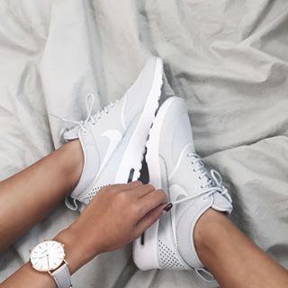 Nike Womens Air Max Thea Pink Blue White