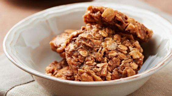 Une recette de biscuits aux graines d'acacia de Janella, présentée sur Zeste et Zeste.tv.