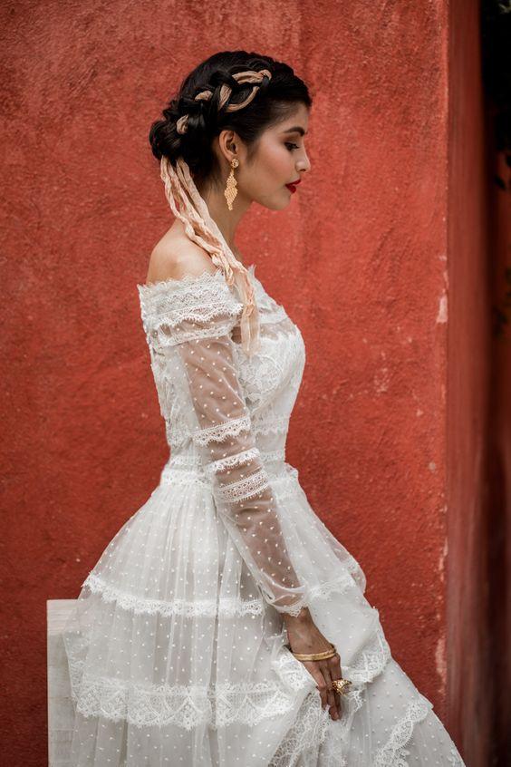 Another stylish wedding dresses