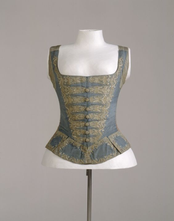 1740s. German. Front is blue silk, back is linen and laces closed.