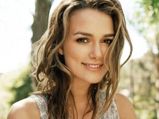 Keira Knightley Will Head Up The Cast In Fun Movie For People Who Secretly Dread The Holiday Season In 2020 Light Hair Beauty Keira Knightley Hair