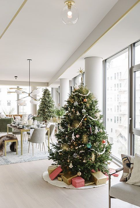 You Need To See The West Elm Holiday House Pop Up In Nyc West Elm Christmas Decor Christmas Decorations