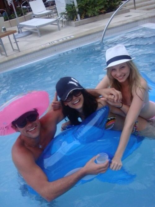 Nina Dobrev and Candice Accola. TVD Cast. ♥