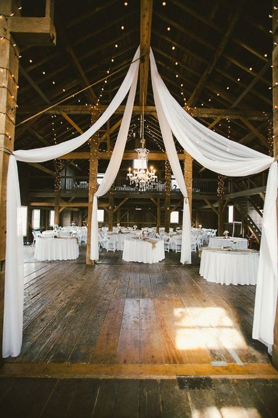 We love this darling rustic wedding!: