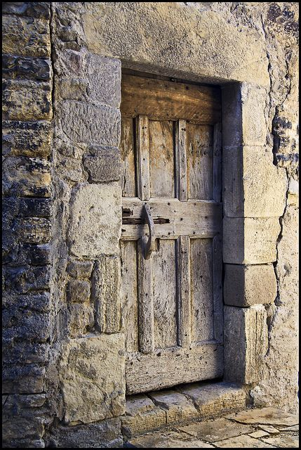 On the path of Compostella, throught the village of St Côme d'Olt (Pyrénées) this beautiful door which dates from the middle ages