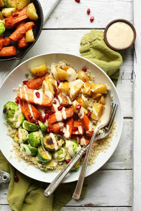 AMAZING 30-minute Roasted Vegetable and Quinoa HARVEST BOWLS! Hearty, wholesome, and SO satisfying! #vegan #glutenfree #recipe #easy #healthy #dinner #minimalistbaker