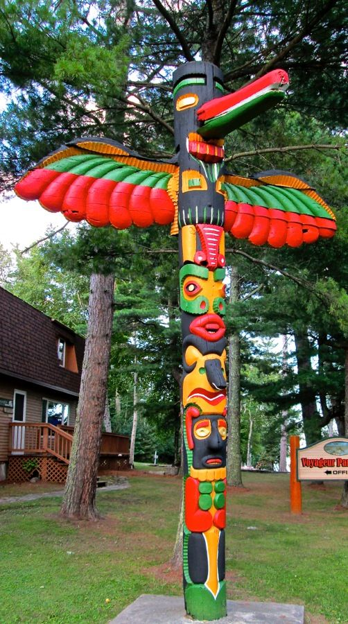 Totem poles Totems and Lakes on Pinterest