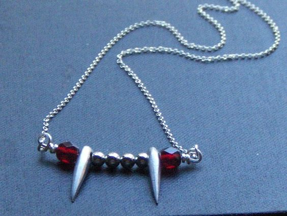 VAMP - Alice .Sterling Silver Vampire Fangs Necklace . ($24)