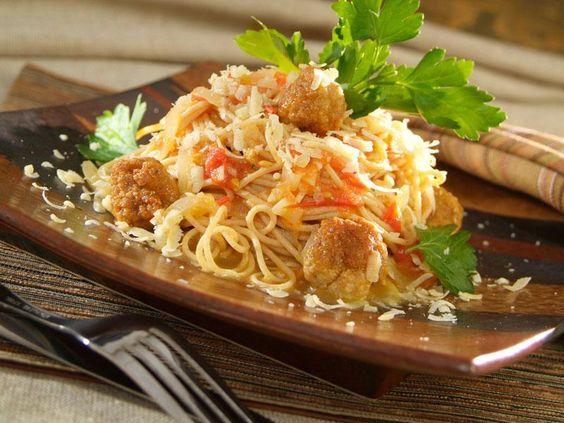 Spaghettini au lin, sauce aux boulettes de dindon au parmesan