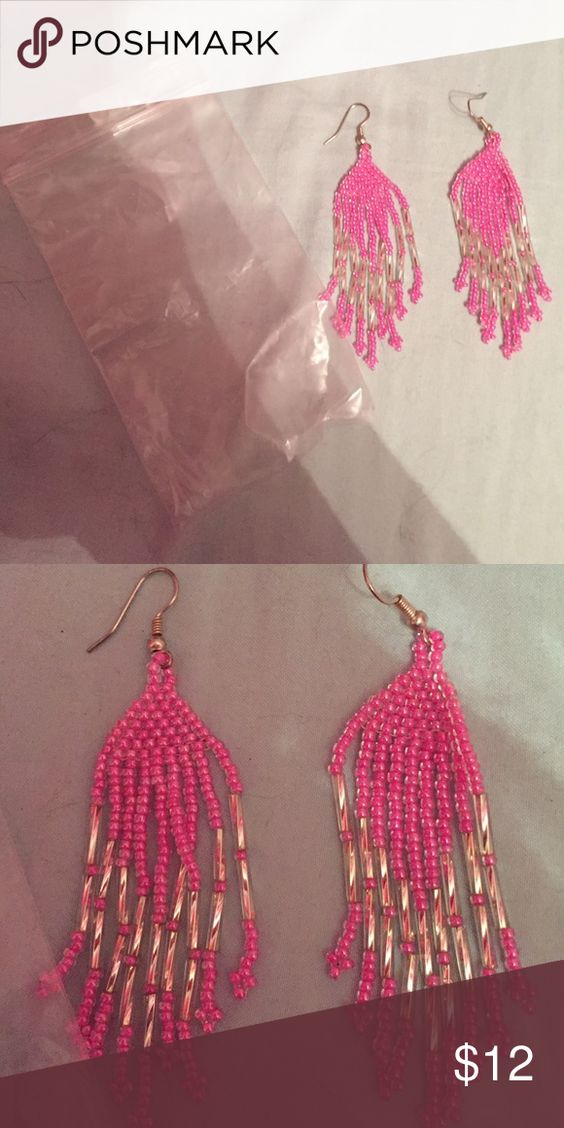 Super cute pink beaded dangly earrings! Brand new and bought from a craft show! Includes small plastic jewelry bag! Pink and clear beads! Jewelry Earrings