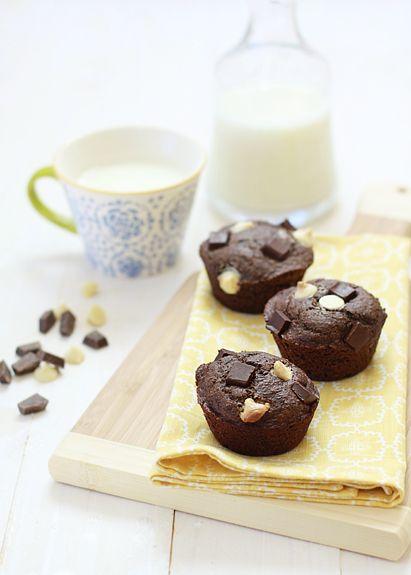 Whole wheat triple chocolate banana muffins