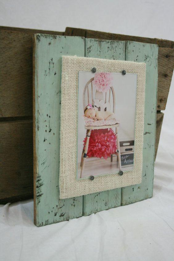 distressed wood picture frame 5x7 frame handmade frame by kenzilu diy crafts sewing. Black Bedroom Furniture Sets. Home Design Ideas
