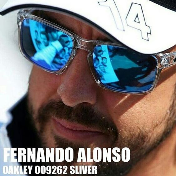 http://4sun.es/Oakley-OO9262 Espejado azul espectacular el de la OO9262 Sliver de Fernando Alonso    #sunglasses #oculosdesol #lunettesdesoleil #occhialidasole #gafasdesol #oakley #sliver #oo9262