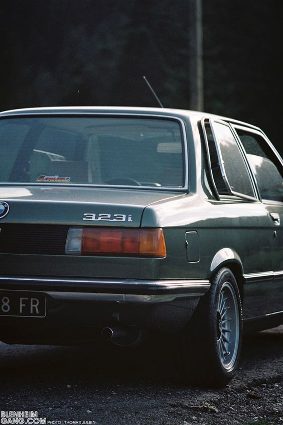 bmw e21 323i 1 bimmer classics pinterest bmw. Black Bedroom Furniture Sets. Home Design Ideas