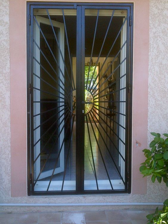 17 best images about protection porte recherche for La maison du fer forge