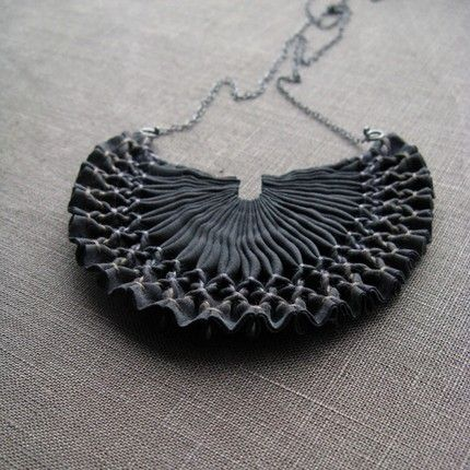 sexy smocked feature necklace