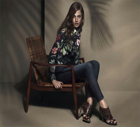 #Coleção#Cruiseby#Gucciinspirada pelas pinturas de #KrisKnight.#Look casual perfeito,#clássico,#elegante,#fashione#diferenciado. bit.ly/1UJxlbT