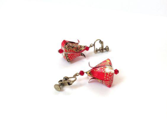 Lotus, boucles d'oreilles clips origami, bijou origami boutons de lotus, clips couleur bronze : Boucles d'oreille par 1000-grues-et-3-donuts
