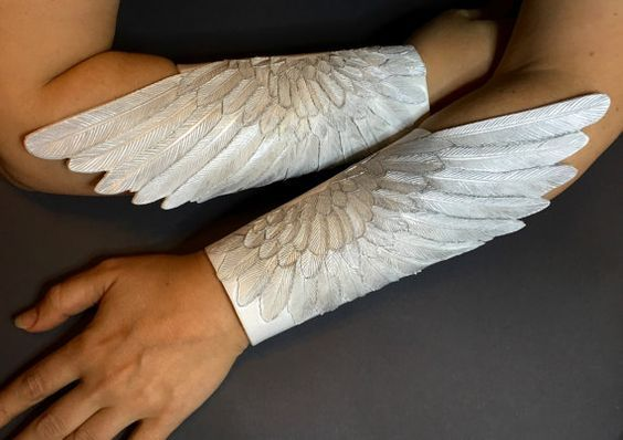15+ Angel Costumes and DIY Ideas