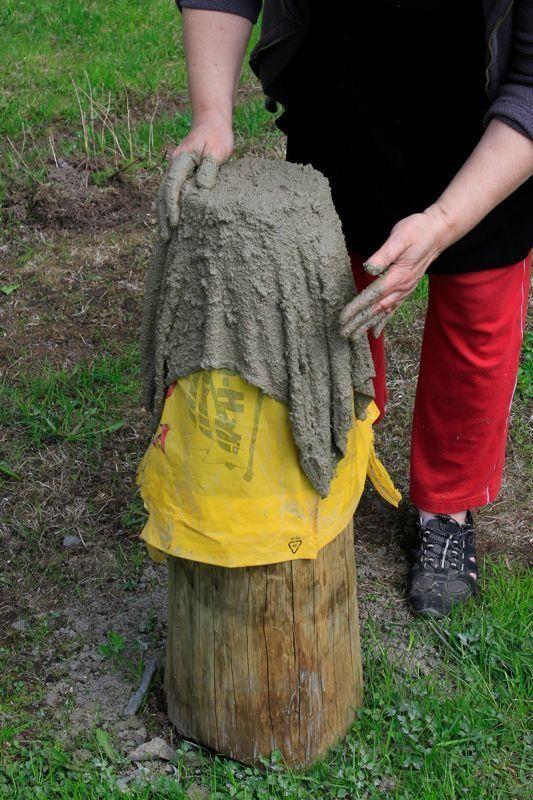 Make a pot out of concrete rag